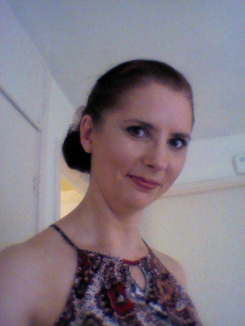 Sarah_2054