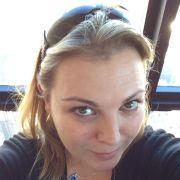 Laura_8787