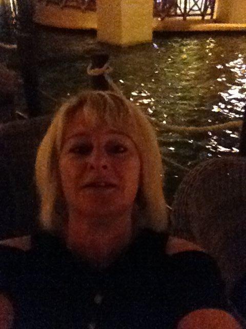 Debbie_4592