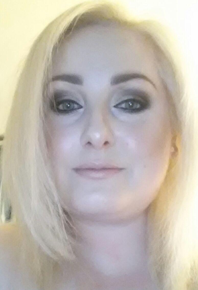 Nikki_8738