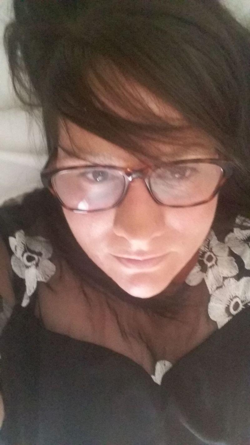 Carla_9572
