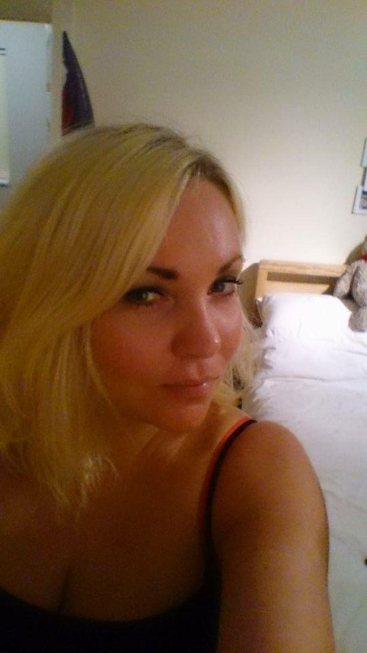 Sarah_1372